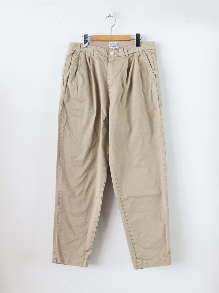 C.E-CAVEMPT WIDE CHINOS